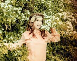 fotoshooting-niederwinkling-frau-im-gruenen