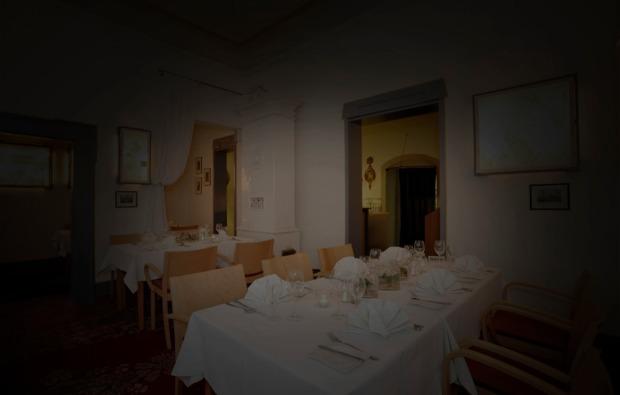 dinner-in-the-dark-sesslach-bg2