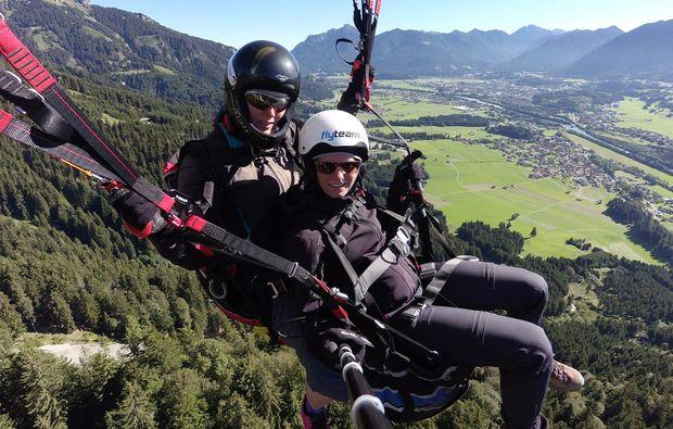 gleitschirm-tandemflug-fuessen-adrenalin