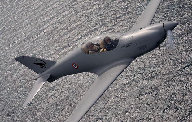 flugzeug-selber-fliegen-kampfflugzeug-erlebnis-propeller