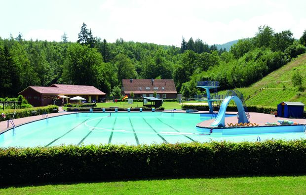 kurzurlaub-langelsheim-pool