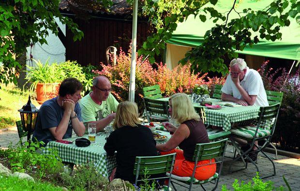 candle-light-dinner-fuer-zwei-kirchensittenbach-nahe-bayreuth-restaurant