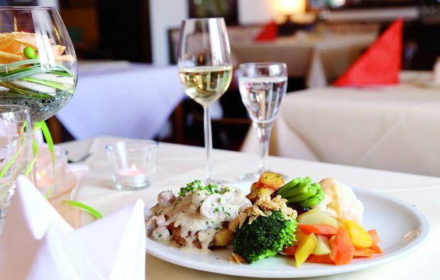 candle-light-dinner-fuer-zwei-schluchsee-essen