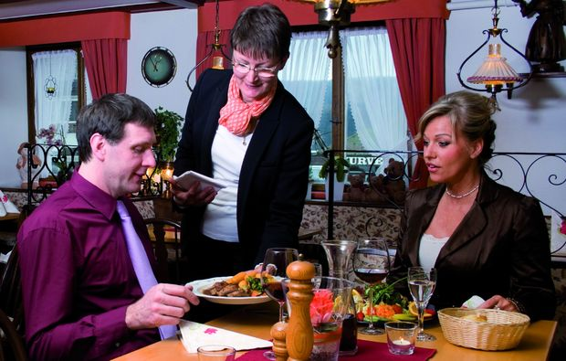 candle-light-dinner-fuer-zwei-schluchsee-restaurant
