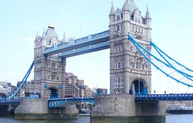 erlebnisreise-london-weihnachten-tower-bridge