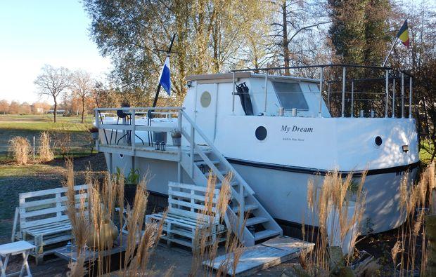 hausboot-uebernachtung-paal