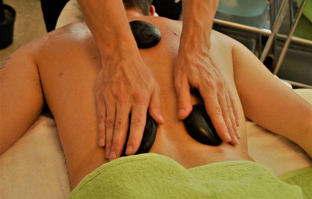 hotstone-badherrenalb-wellness-massage