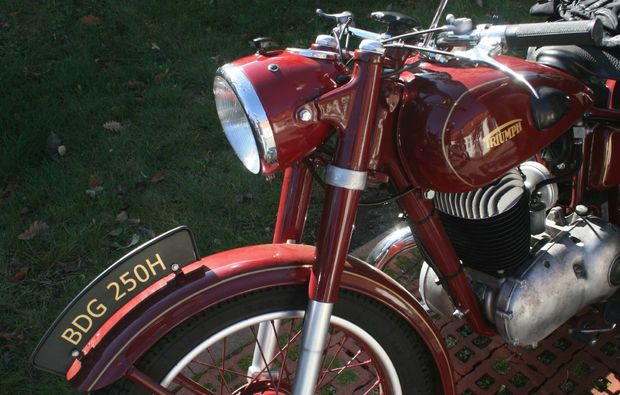 oldtimer-motorrad-fahren-berlin-bike
