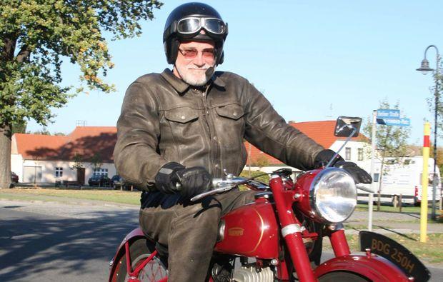 oldtimer-motorrad-fahren-berlin-fahrspass