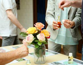 Parfum selber machen - VHS Paderborn - Paderborn ca. 4 Stunden