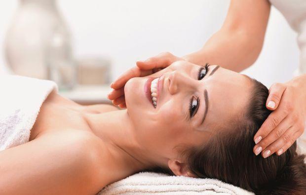 ganzkoerpermassage-siegburg-kati-schenk