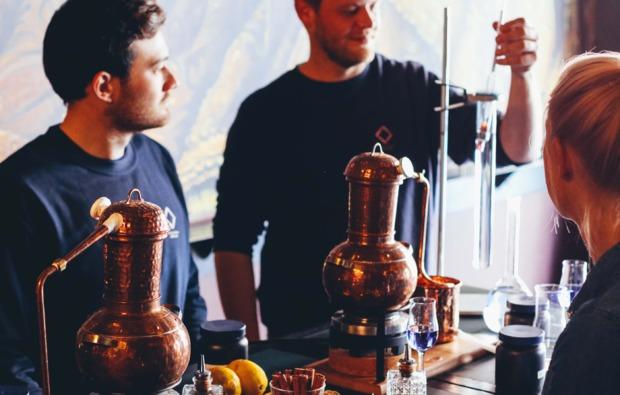 gin-verkostung-brennkurs-curtaincallbar-bg3