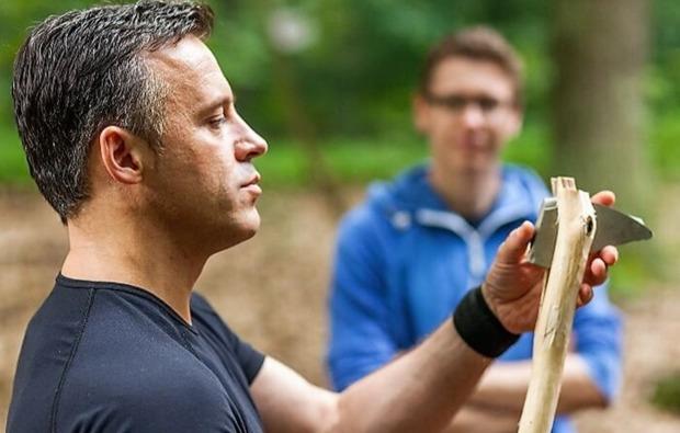 survival-training-berlin-werkzeug