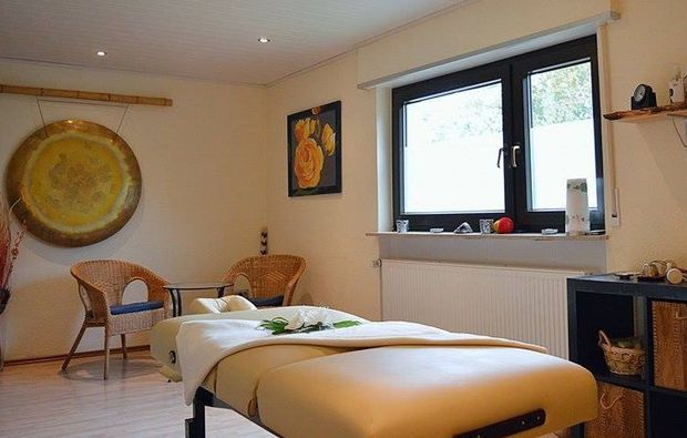 edelsteinmassage-eppelheim-massagestudio