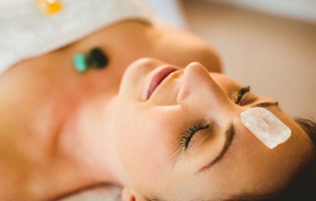 edelsteinmassage-eppelheim-rosenquarz