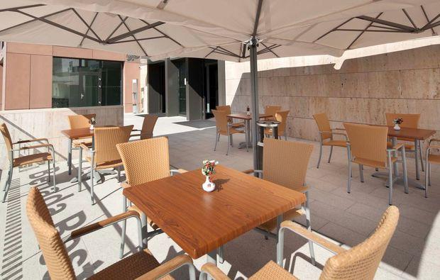 romantikwochenende-olomouc-hotel-terrasse