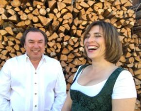 Comedy Dinner - Bayrisch für Anfänger - München Bayrisch für Anfänger - 3-Gänge-Menü