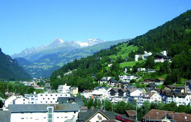 kurzurlaub-ilanz-berge