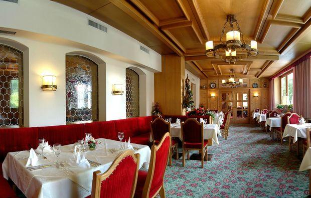 romantikwochenende-bad-hofgastein-speisesaal