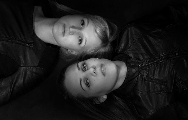 bestfriends-fotoshooting-konstanz-black-white
