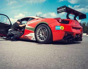Renntaxi Ferrari F458 - 4 Runden Ferrari F458 - 4 Runden Hockenheimring