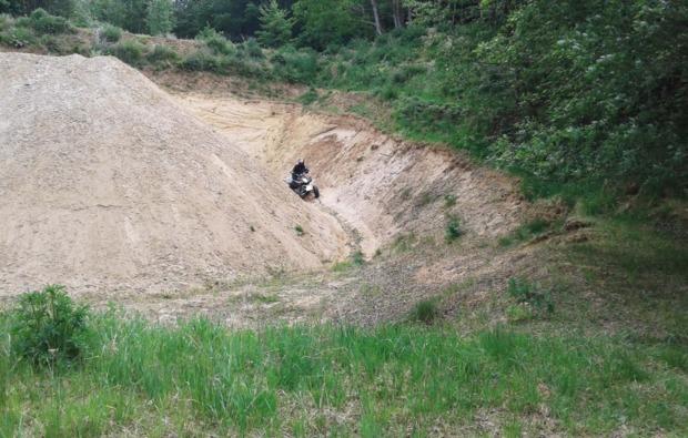 quad-tour-tagestour-tussenhausen-gelaende