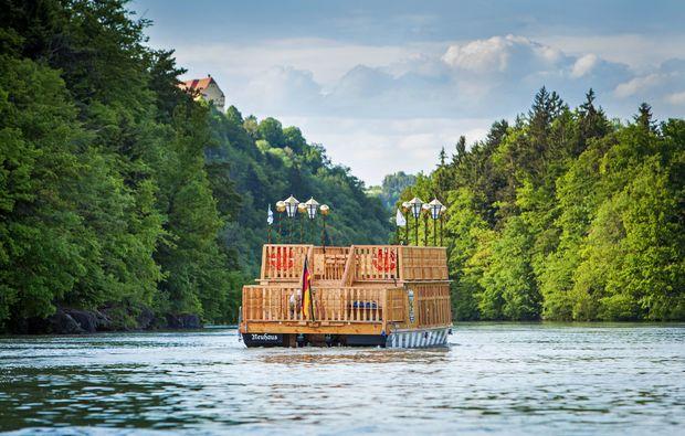 schlauchboot-tour-neuhaus-am-inn-boot1482146769