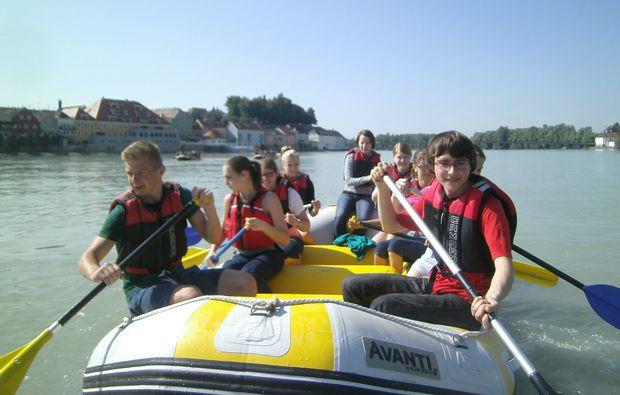 schlauchboot-tour-neuhaus-inn