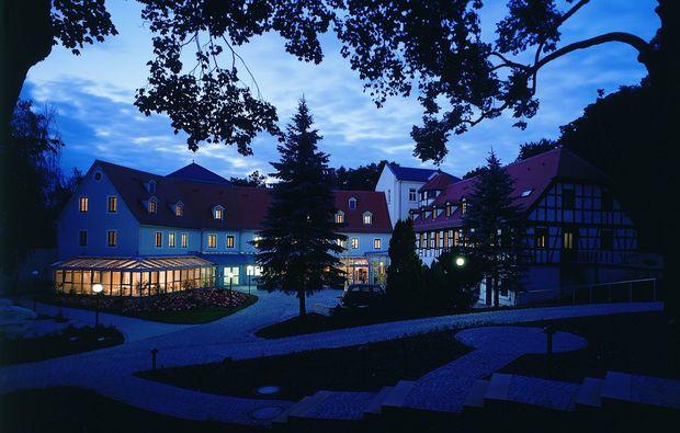 wellness-wochenende-neukirchen-pleisse-hotel