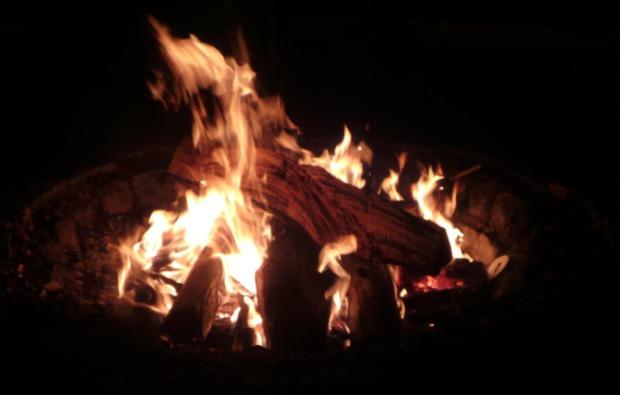 lagerfeuer-kochkurs-kratzenburg-lagerfeuer