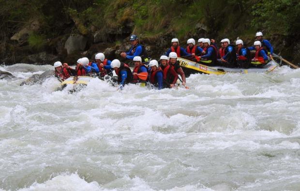rafting-sautens-tirol-oetztaler-ache-action