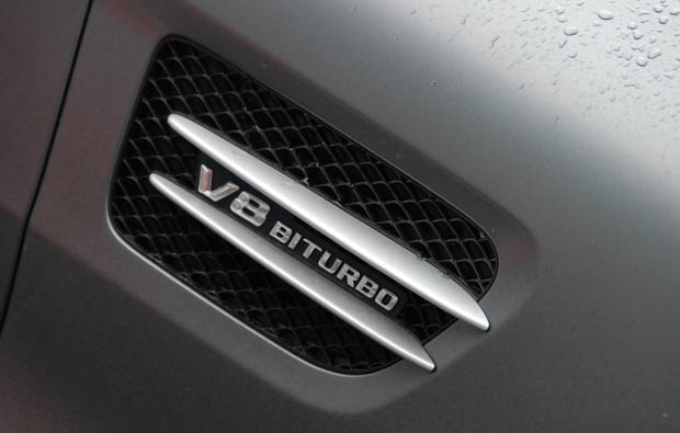 amg-v8-biturbo-fahren