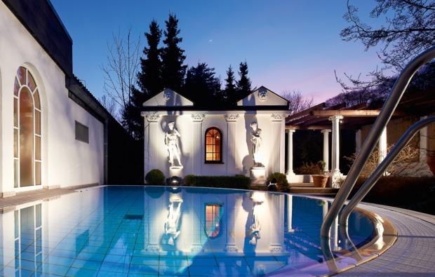 therme-hausen-pool