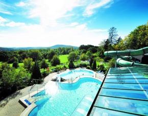 Familien Erholungsurlaub in der Röhn - Hausen Rhön-Park-Hotel – Frühstück, Themenbuffet, inkl. Eintritt Erlebnisbad und Saunawelt