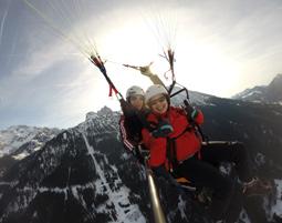 Winter-Gleitschirm-Tandemfahrer von den Gipfeln der Allgäuer Alpen - 10-15 Minuten von den Gipfeln der Allgäuer Alpen - ca. 90 Minuten