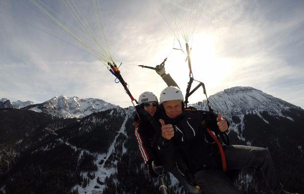 winter-gleitschirm-tandemflug-pfronten-15min-mid-air-2