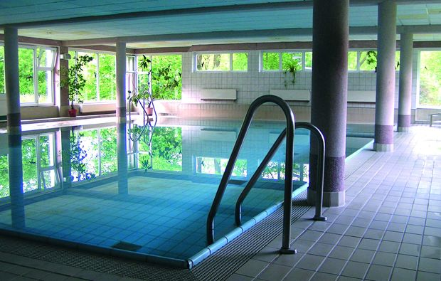 romantikwochenende-cunewalde-pool