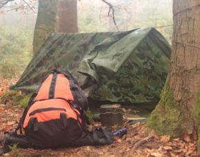 Survival Tag - Warthausen Survival-Grundlagen, Bau von Behelfsunterkünften, Knotenkunde
