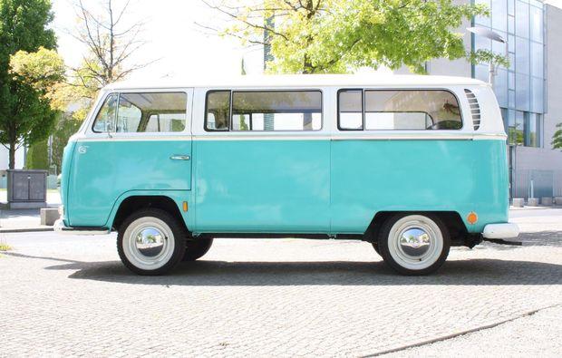oldtimer-fahren-berlin-vw-bulli