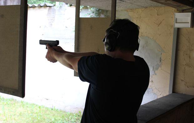 schiesstraining-grosskaliber-hochspeyer-pistole