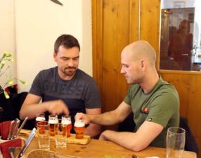 Biertasting (Beer meets Soulkitchen) Herr Max und Frau Hopfen Verkostung von 5 Sorten Bier, Überraschungsleckereien aus der Küche