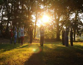 Außergewöhnlich Übernachten im Camp für Erwachsene / Single Reise - 2 ÜN im Tipi - Vollpension, Aktivprogramm