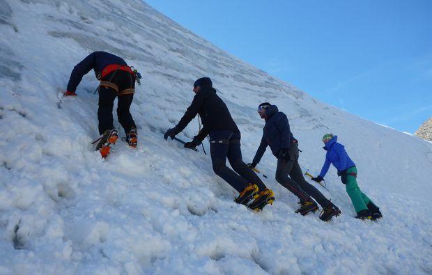 mammut-wandertouren-zermatt-hochtour