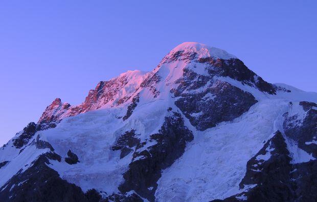 mammut-wandertouren-zermatt-schweiz