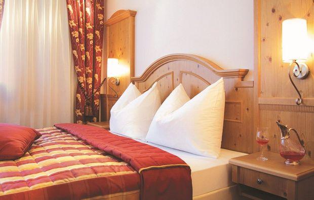 skiurlaub-abtenau-hotel-bett