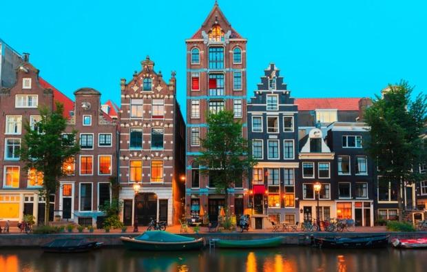 grachtenfahrt-erlebnisreise-amsterdam-entdeckungsreise