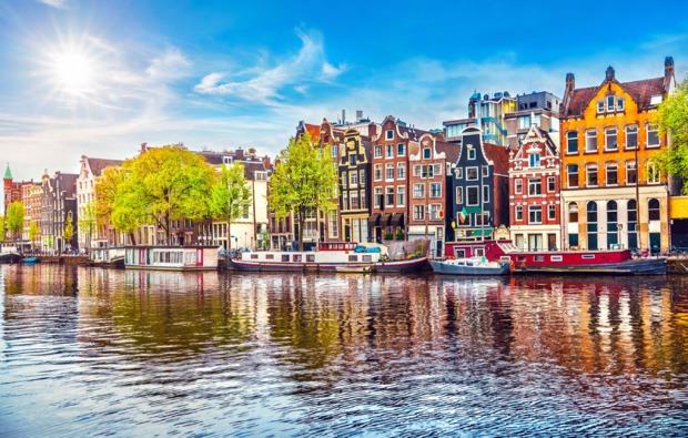 grachtenfahrt-erlebnisreise-amsterdam-sehenswuerdigkeiten
