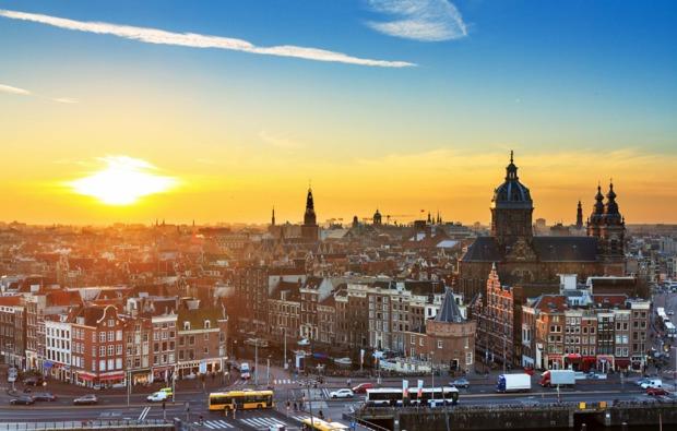 grachtenfahrt-erlebnisreise-amsterdam-stadt