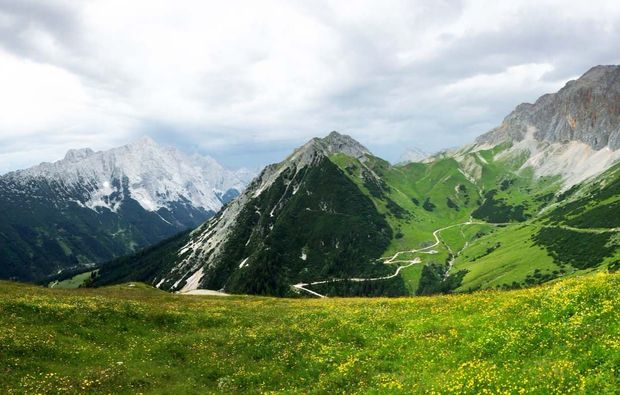 fahrradtour-seefeld-in-tirol-rotmoosalm-berge