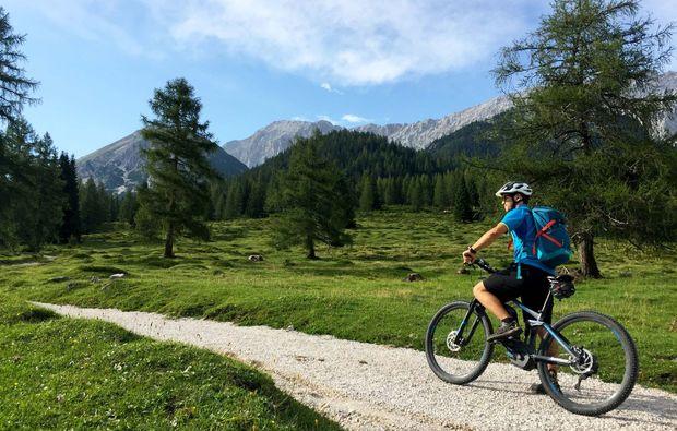 fahrradtour-seefeld-in-tirol-rotmoosalm-biken